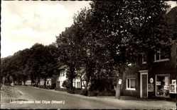 Postcard Lütringhausen Olpe in Nordrhein Westfalen, Straßenpartie im Ort, Geschäft