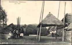 Postcard Skomorochy Galizien Ukraine, Blick auf Strohhütten, Einheimische