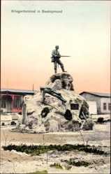 Postcard Swakopmund Namibia, Blick auf ein Kriegerdenkmal, Platz, Gebäude