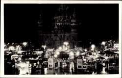 Ak Berlin Mitte, Weihnachtsmarkt vor dem Berliner Dom, Lustgarten bei Nacht