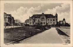 Postcard Hagen in Westfalen Ruhrgebiet, Straßenpartie mit Blick auf das Kreishaus