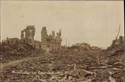 Foto Ak Lens Wallonien Hennegau, Zerstörte Hauptstraße, Oktober 1917