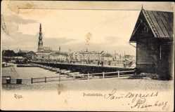 Postcard Riga Lettland, Pontonbrücke, Schiffsbrücke, Kirchturm