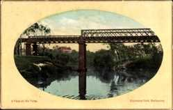 Passepartout Ak Melbourne Australien, A peep on the Yarra, Richmond Park