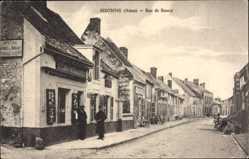 Postcard Sisonne Aisne, Rue de Roucy, Geschäfte, Papeterie, Häuser, Straße