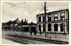 Postcard Boxtel Nordbrabant, Hotel, Kriegszerstörungen, Blick vom Bahnhof aus