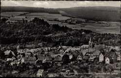 Postcard Spangenberg Hessen, Fliegeraufnahme, Teilansicht mit Schloss