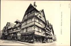 Ak Lisieux Calvados, Maison de la Grande Rue, Fachwerkhäuser, Straßenpartie