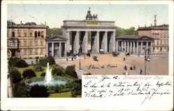 Ak Berlin Mitte, Brandenburger Tor, Pariser Platz, Fontäne