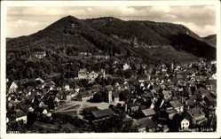Postcard Bad Urach in der Schwäbischen Alb, Gesamtansicht mit Berg