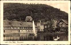 Postcard Suhl in Thüringen, Herrenteich mit Fontäne, Fachwerkhaus, Thüringer Wald