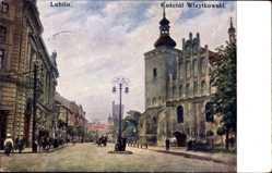 Postcard Lublin Polen, Partie an der Wizytowski Kirche, Kosciol, Passanten