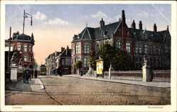 Postcard Leiden Südholland Niederlande, Steenstraat, Straßenpartie, Straßenbahn