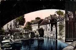 Postcard Praha Prag, Certovka, Flusspartie, Brücke, Wohnhäuser, Boote