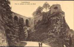 Postcard Luxemburg, Pont du Chateau et rochers du Bock, Felsen, Straße