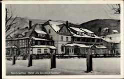 Postcard Ilsenburg am Nordharz, Blick auf das Hotel zu den roten Forellen, Schnee