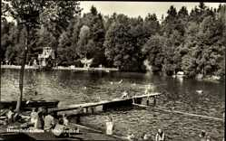 Postcard Hasselfelde Oberharz am Brocken, Blick in das Waldfreibad, Steg