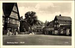 Postcard Ilsenburg am Nordharz, Straßenpartie am Markt, Geschäfte