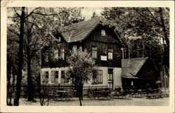 Postcard Georgenthal Thüringen, Blick auf die Wechmarer Hütte, Tische