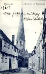 Ak Salzwedel Altmark, Blick in die Lorenzstraße, Marienkirche, Häuser