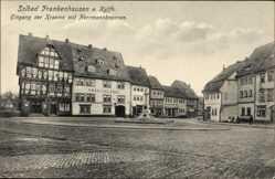 Postcard Bad Frankenhausen im Kyffhäuserkreis, Eingang der Kraeme, Herrmannbrunnen