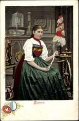 Ak Frau in Luzerner Tracht am Spinnrad