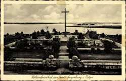 Ak Węgorzewo Angerburg Ostpreußen, Heldenfriedhof der Stadt, Kreuz