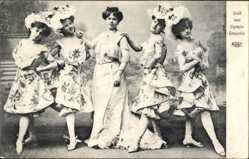 Ak Gruß vom Olympia Ensemble, fünf junge Frauen, Hüte