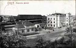 Postcard Gera Reuss in Sachsen Preusischer Bahnhof, Strassenansicht