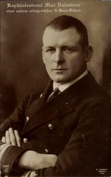 Schön Postcard Kapitänleutnant Max Valentiner, U Boot Führer, NPG 6096,  Marineoffizier, Portrait