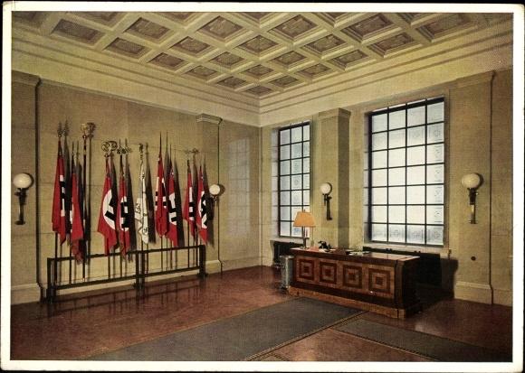 Braunes Haus postcard münchen das braune haus fahnenhalle mit akpool co uk