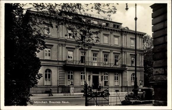 Braunes Haus postcard münchen bayern braunes haus brienner straße akpool co uk