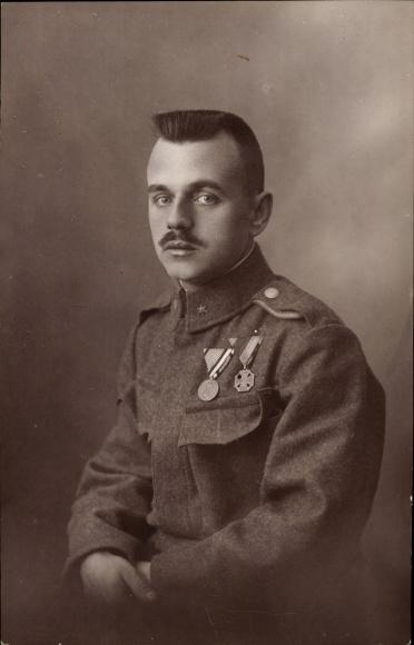 Foto Ansichtskarte Postkarte Kuk Soldat In Uniform Akpool De