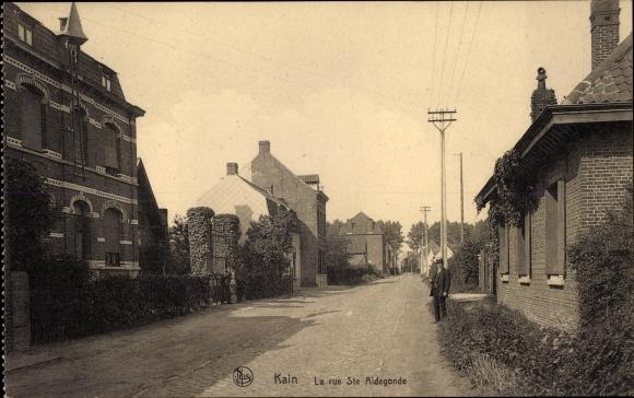 Carte Kain Belgique.Carte Postale Kain Tournai Wallonien Hennegau La Rue Ste Aldegonde Wohnhauser Mann