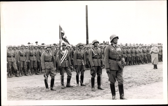 Photo Postcard Wehrmacht Solda...