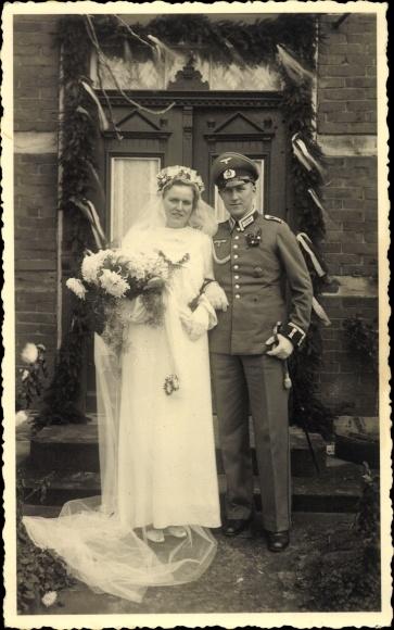 Photo Postcard Wehrmachtsoldat Und Frau Hochzeit Akpool Co Uk