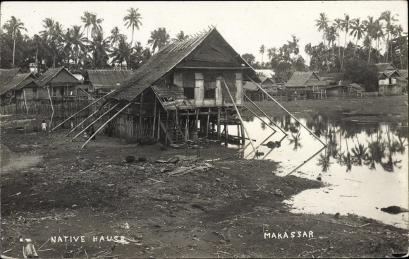 Photo Postcard Makassar Indonesien Native House Haus Akpool Co Uk