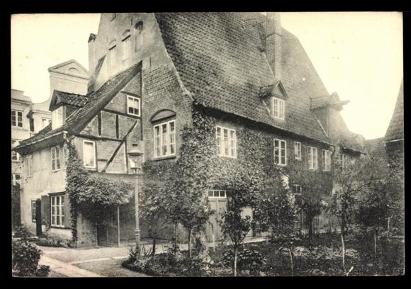 Ak-Luebeck-Brigitten-Hof-Wahmstrasse-76-Baeume
