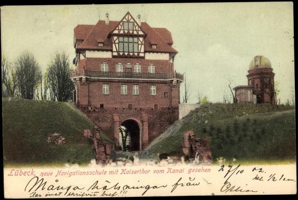 Ak Lübeck, Navigationsschule, Kaisertor, Observatorium
