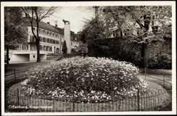 Postcard Offenburg Ortenaukreis, Partie am Kriegerdenkmal