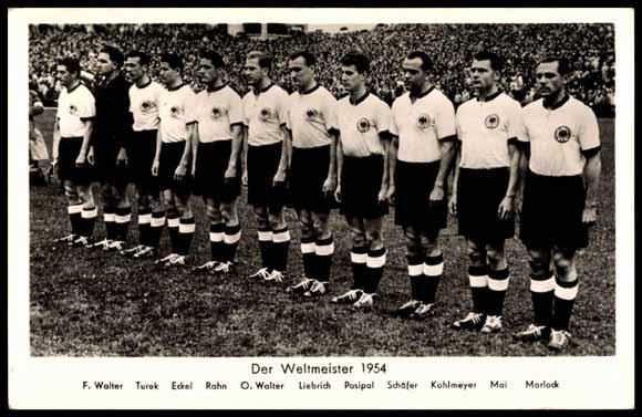 Postcard Fussball Die Deutsche Weltmeister Mannschaft