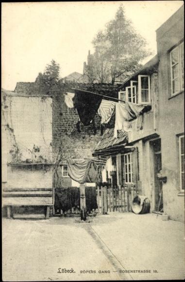 Ak-Hansestadt-Luebeck-Roepers-Gang-Rosenstrasse-18-Hausfassade