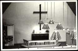 Foto Ak Lahti Finnland, Launeen kirkko, Blick auf den Altar der Kirche