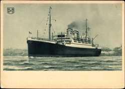 Postcard Dampfschiff der Hapag in Fahrt, Küstennähe, Ansicht Bug Backbord