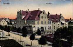 Ak Züllichau Ostbrandenburg, Straßenpartie mit Blick auf das Kreishaus