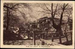 Postcard Mazedonien, Blick von der Holzbrücke auf ein Wohnhaus