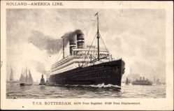 Postcard Dampfschif T.S.S. Rotterdam, HAPAG, Im New Yorker Hafen