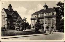 Postcard Riesa an der Elbe Sachsen, Hans Schemm Schule aus Straßensicht
