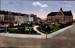 Postcard Gröba Riesa an der Elbe Sachsen, Parkanlage vor der neuen Schule