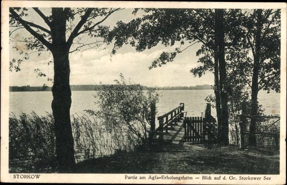 Ak Storkow, Partie am Agfa Erholungsheim, Blick auf den gro�en See